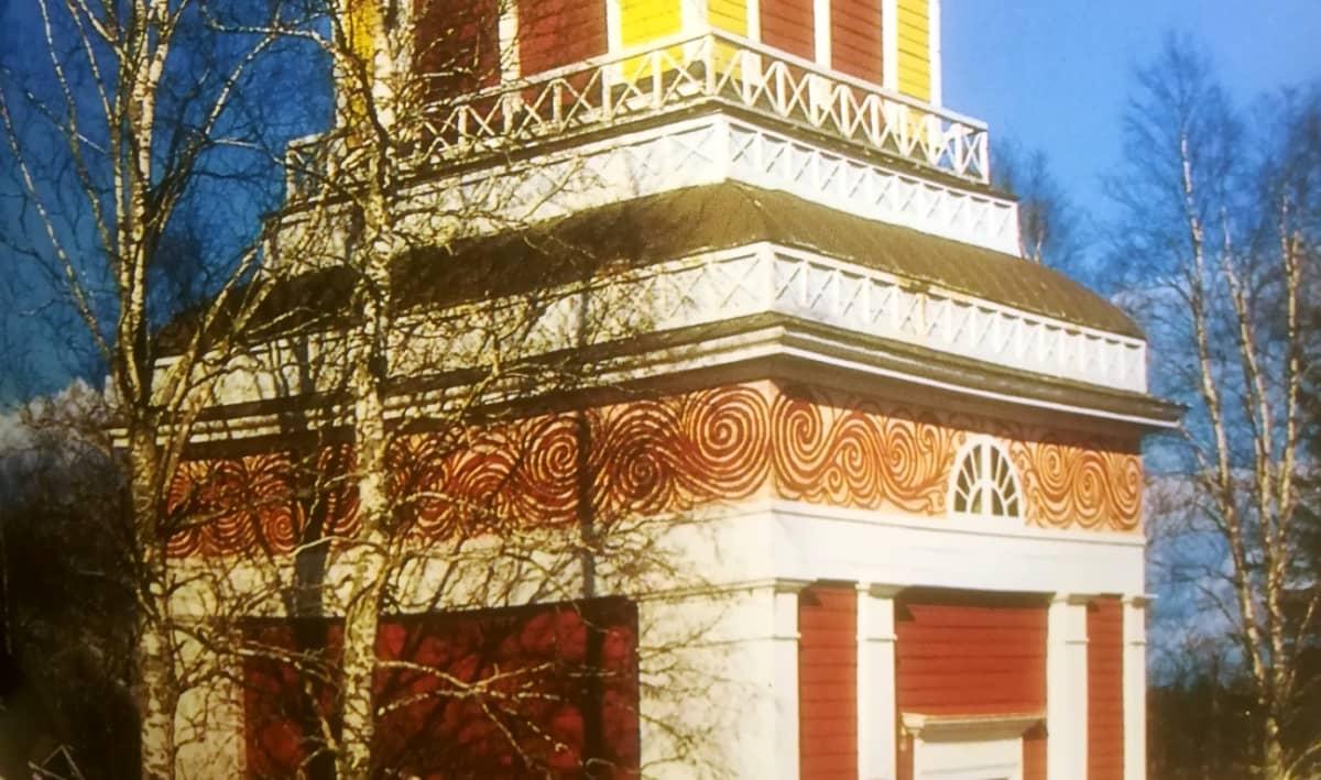 Ullavan kirkon tapuli 50-luvulla.