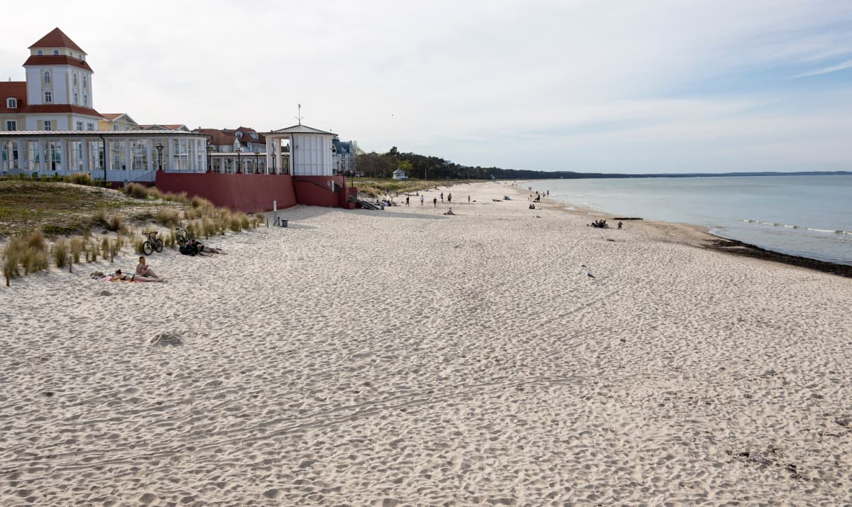 Tyhjä ranta Rügenissä
