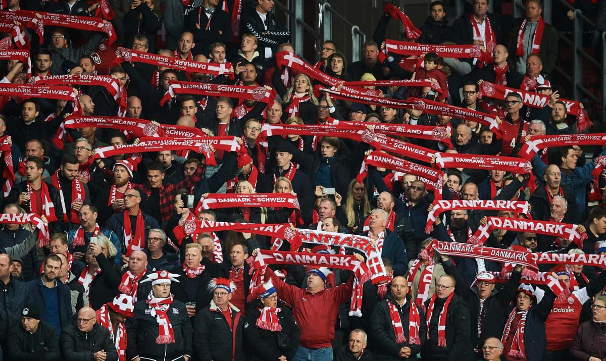Tanskan faneja EM2020-karsinnoissa
