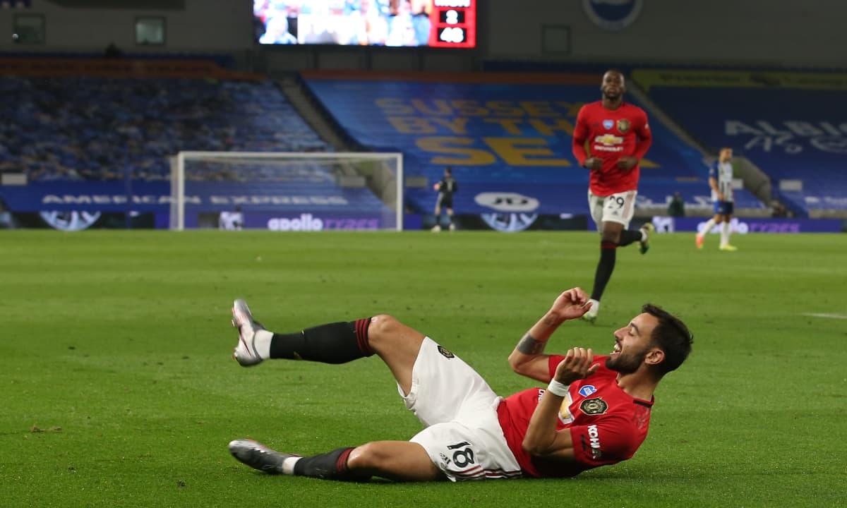 Bruno Fernandes tuulettaa maalia.