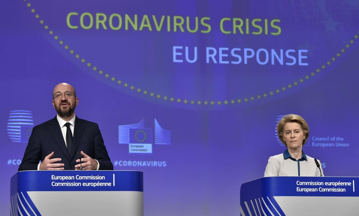 Eurooppa-neuvoston puheenjohtaja Charles Michel ja komission puheenjohtaja Ursula von der Leyen.