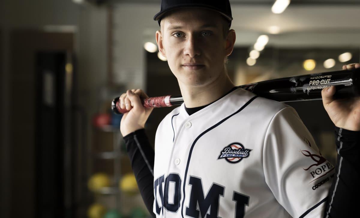 Pesäpallon Suomen mestari Konsta Kurikka haaveilee ammattilaisurasta baseballkentillä.