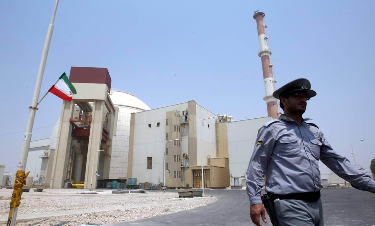 Būšehrin ydinvoimala Iranissa. Kuva vuodelta 2010.