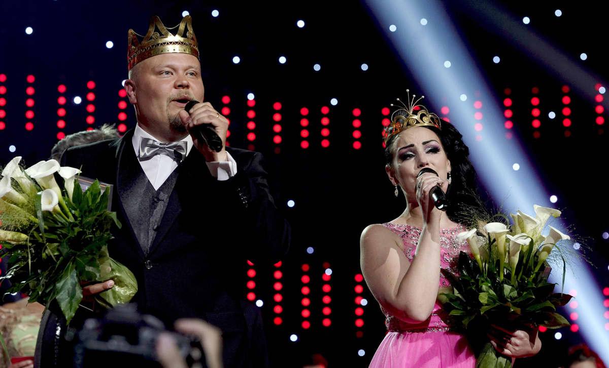 Pirita Niemenmaa (oik.) kruunattiin uudeksi tangokuningattareksi ja Johannes Vatjus uudeksi tangokuninkaaksi kuninkaallisessa finaalissa Seinäjoen Tangomarkkinoilla 13. heinäkuuta