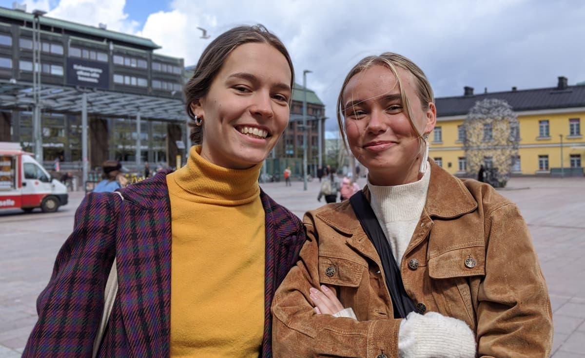 Stella ja Luna Korpikuusi