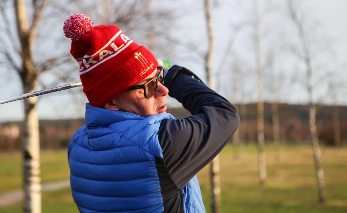 Teppo Sara Salon golfkentällä tammikuussa 2020.