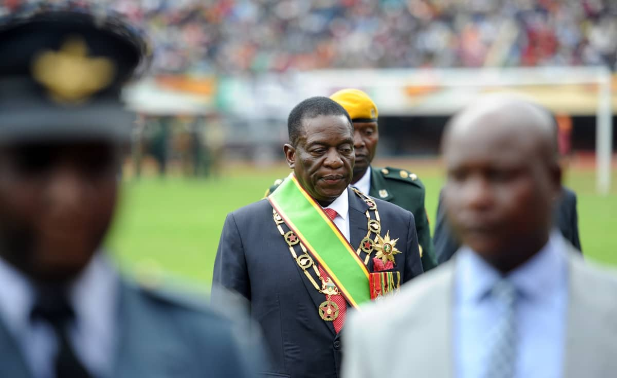 Zimbabwen presidentti Mnangagwa virkaanastujaistilaisuudessa.
