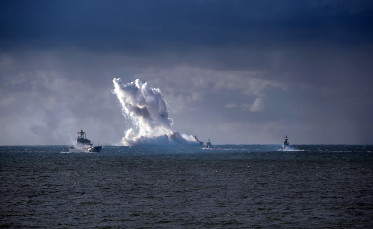 laivoja merellä