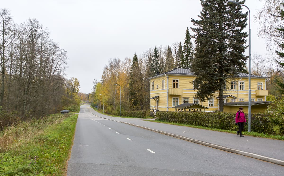 Furulundin mäki ja Kestikievari vuonna 2016