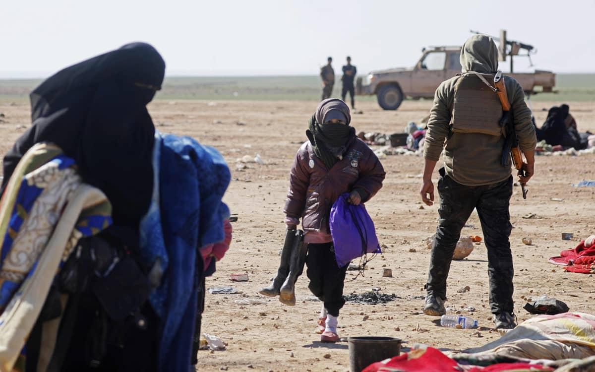 Baghuzin kylässä Itä-Syyriassa paettiin taisteluita 3. helmikuuta.
