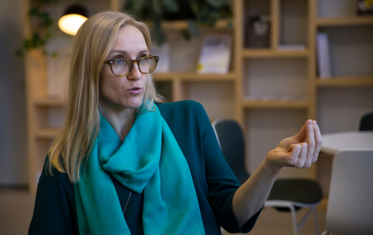 kuvassa ekonomisti Saara Tamminen Sitrasta