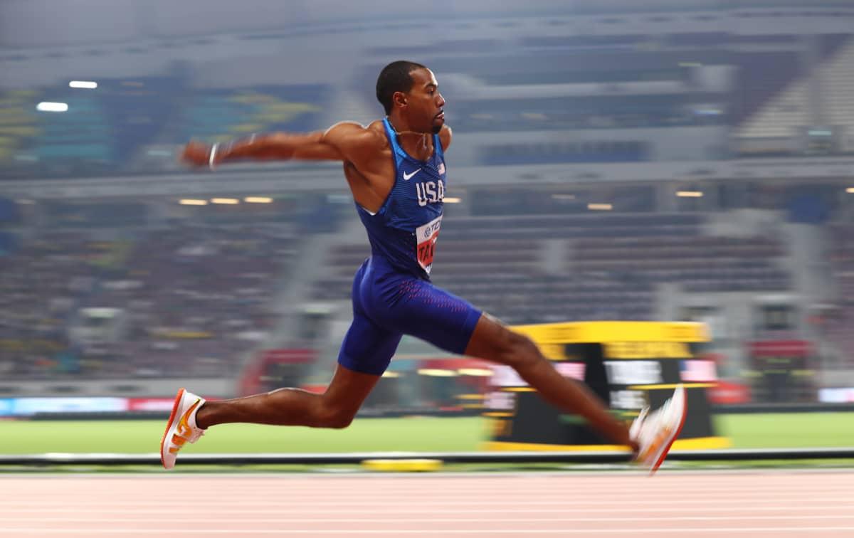 Christian Taylor loikki MM-kultaa Dohassa 2019 hurjalla tuloksella 17,92.