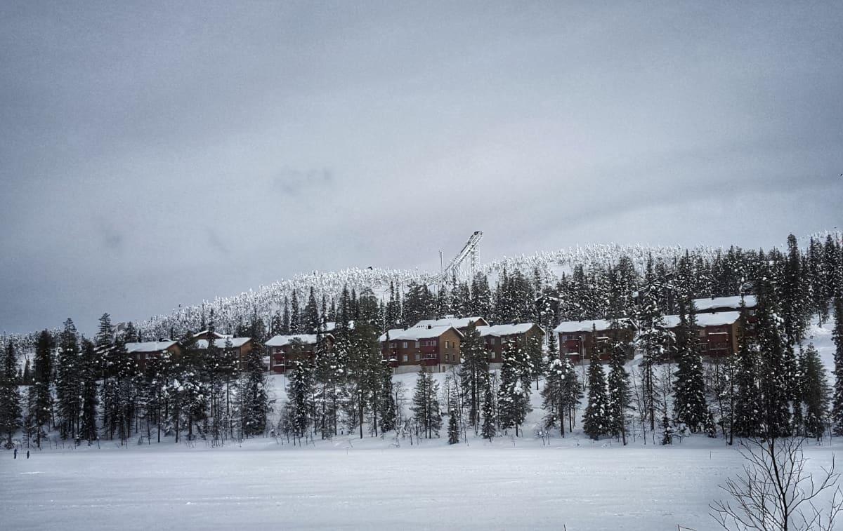 Luminen talvi Rukalla.