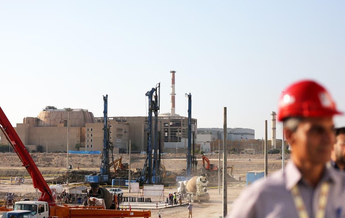 Bushehrin ydinvoimalaitoksen työmaa