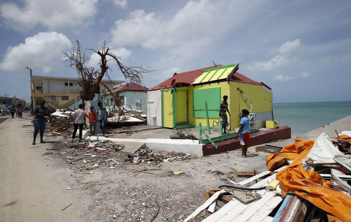 Hurrikaanin aiheuttamia tuhoja Saint Martinin saarella 12 .syyskuuta.
