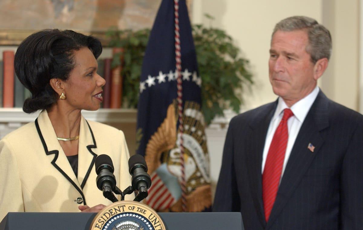 Presidentti George W. Bush nimitti Condoleezza Ricen ulkoministeriksi marraskuussa 2004.
