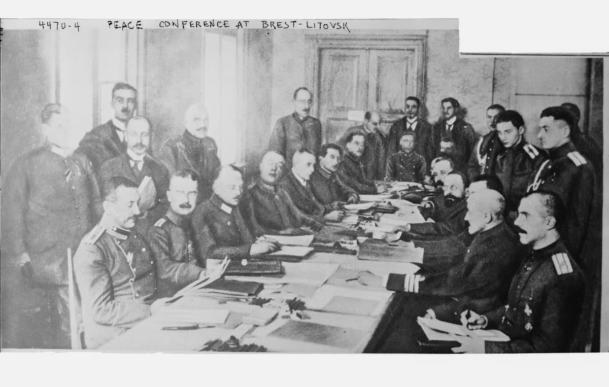 Rauhanneuvottelut Brest-Litovsk.