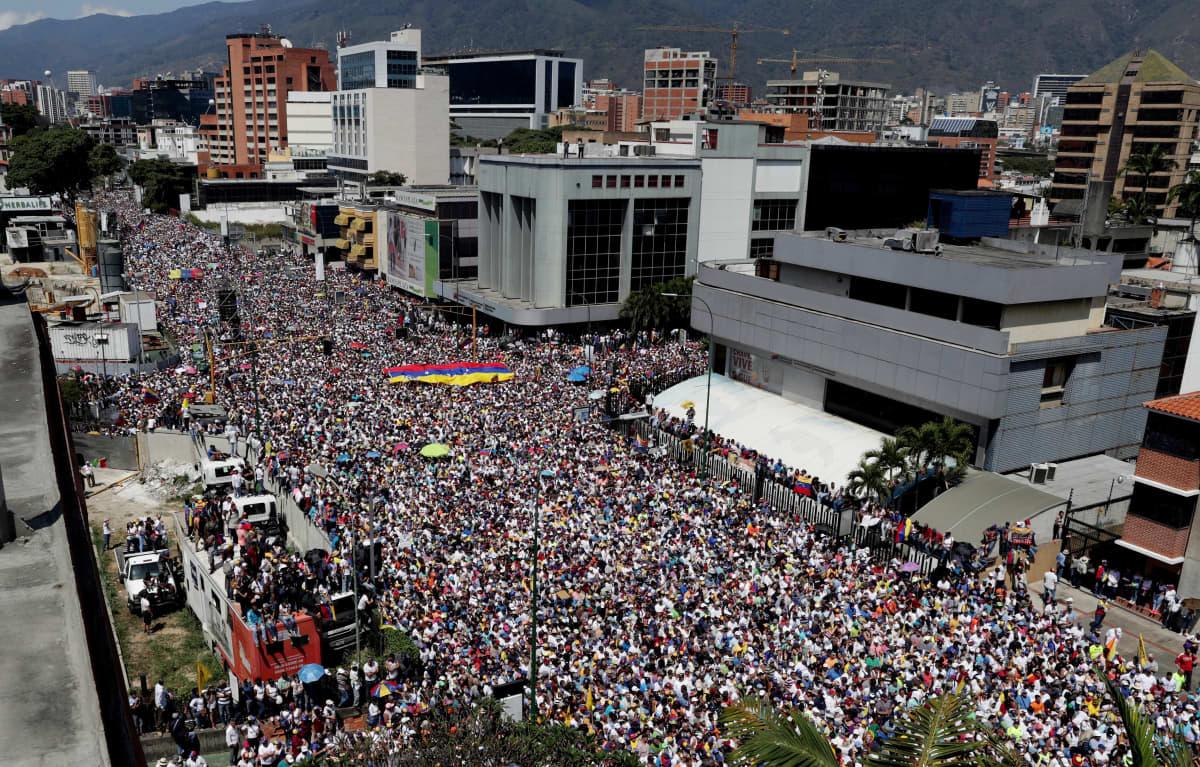 Opposition mielenosoitus Caracasissa