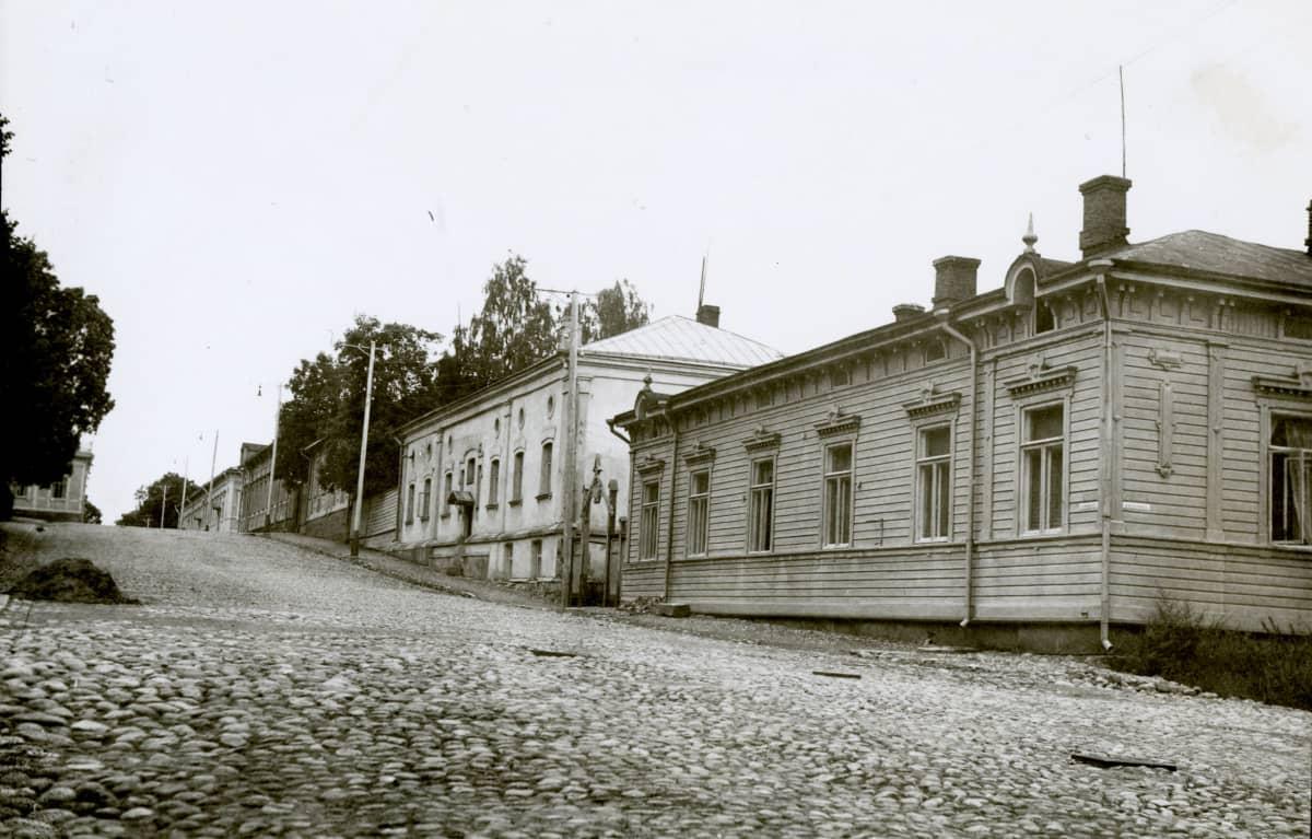 Vanha katunäkymä Hämeenlinnasta