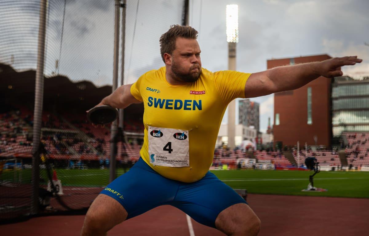 Daniel Ståhl kuvattuna Ruotsi-ottelussa.