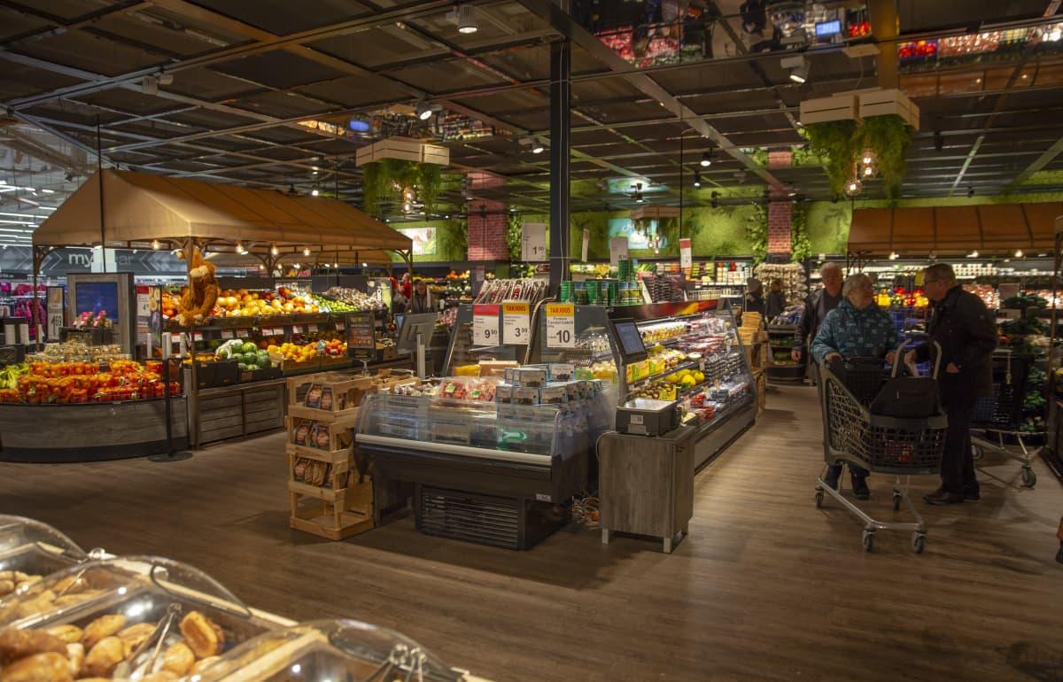 Järvenpään K-Citymarketin hedelmä- ja vihannesosasto.
