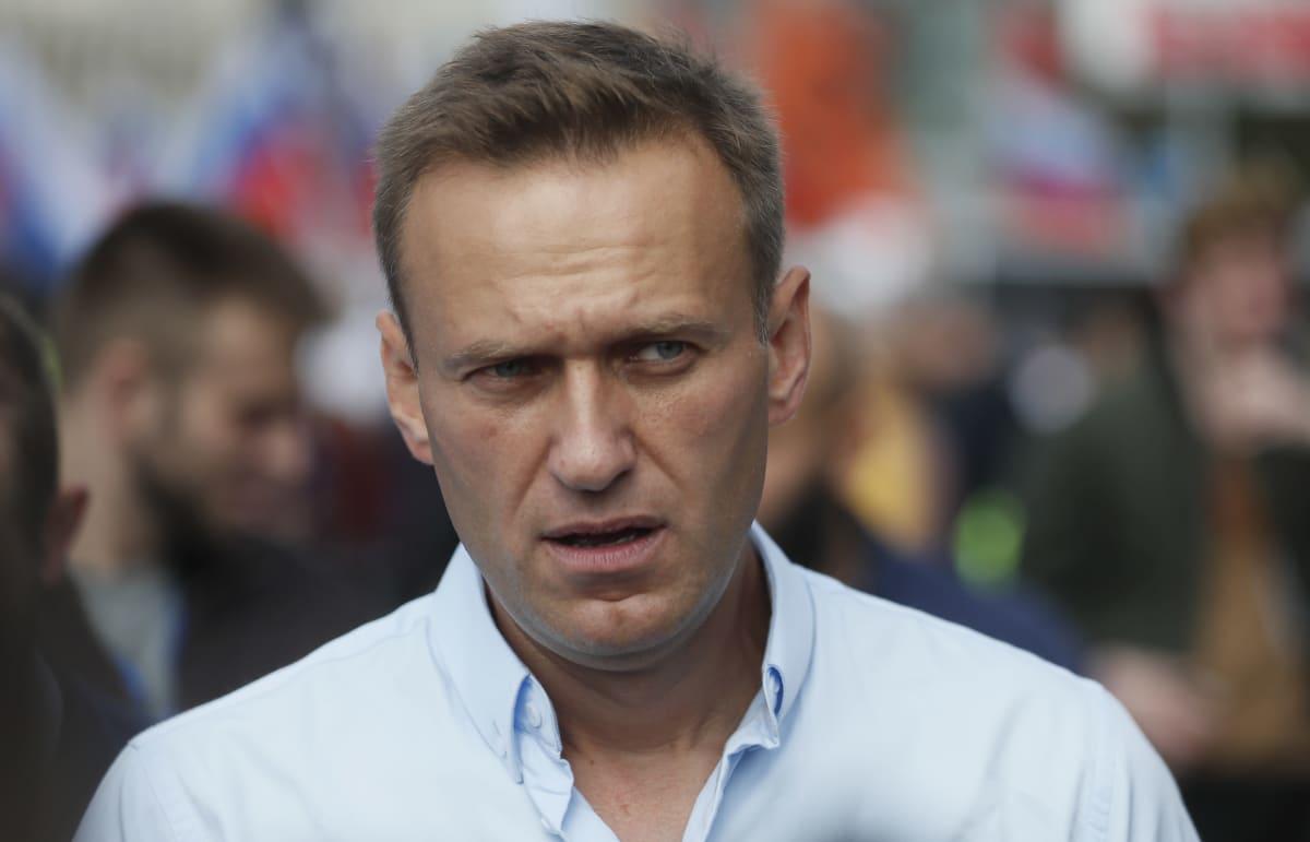 Aleksei Navalnyi viime vuoden heinäkuussa mielenosoituksessa Moskovassa.