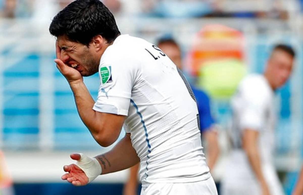 Luis Suarez Brasiliassa 201