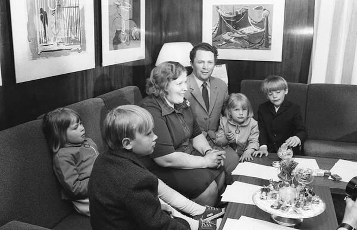 Suomen ensimmäinen lottomiljonääri Hilkka Pylkkö vuonna 1973.