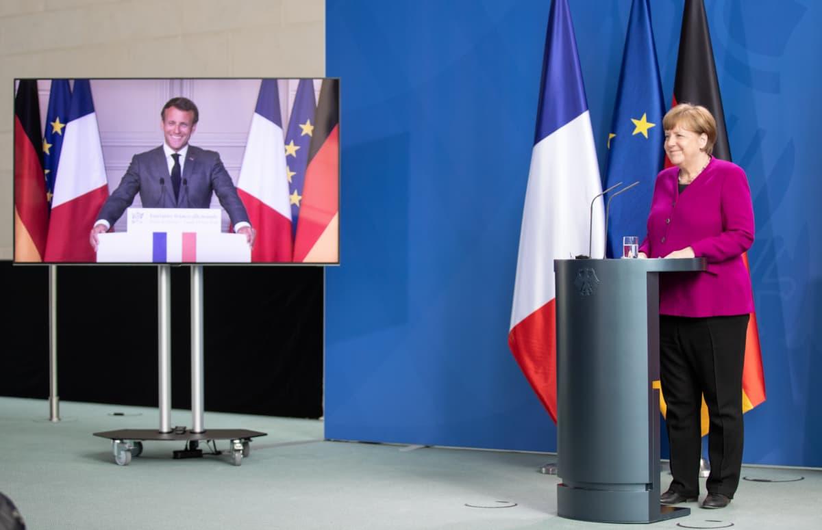 Angela Merkel ja Emmanuel Macron pitivät yhteisen tiedotustilaisuuden Berliinissä 18. toukokuuta.