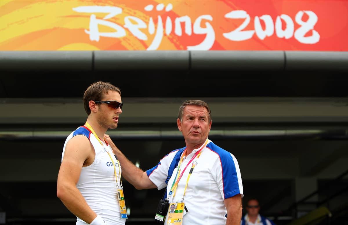Kuvassa brittisoutaja Stephen Rowbotham ja valmentaja Jürgen Gröbler