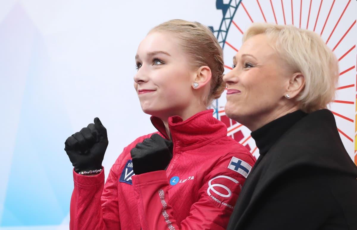 Virpi Horttana ja Viveca Lindfors