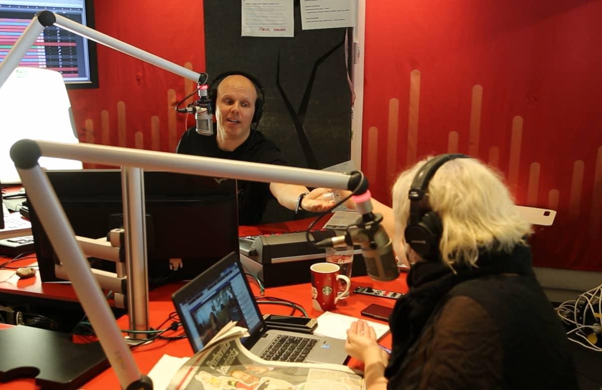 Radio Novan Aamu