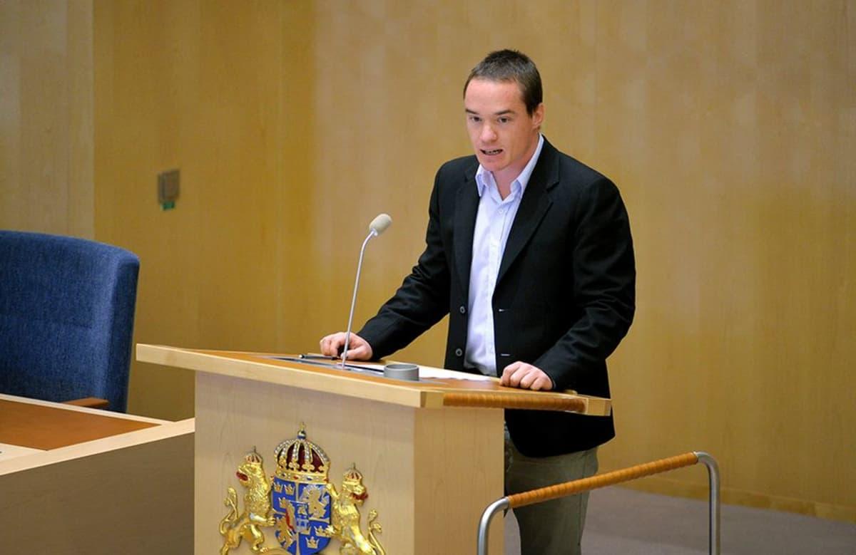 Kent Ekeroth kuvattuna vuonna 2011.
