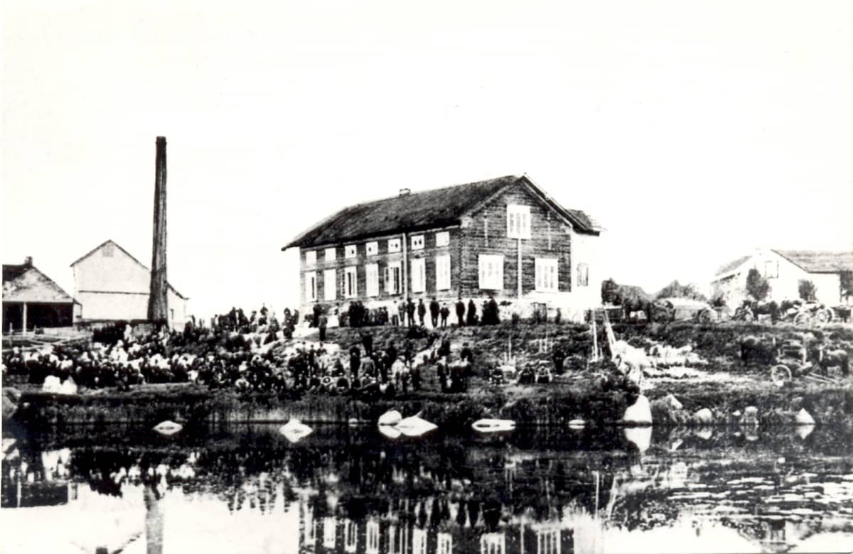 Ylistaron rukoushuoneella oli venäläisten varuskunta 1918.