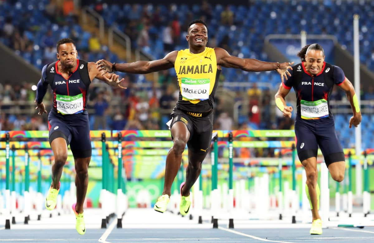 Omar McLeod voitti 110 metrin aidat Riossa.