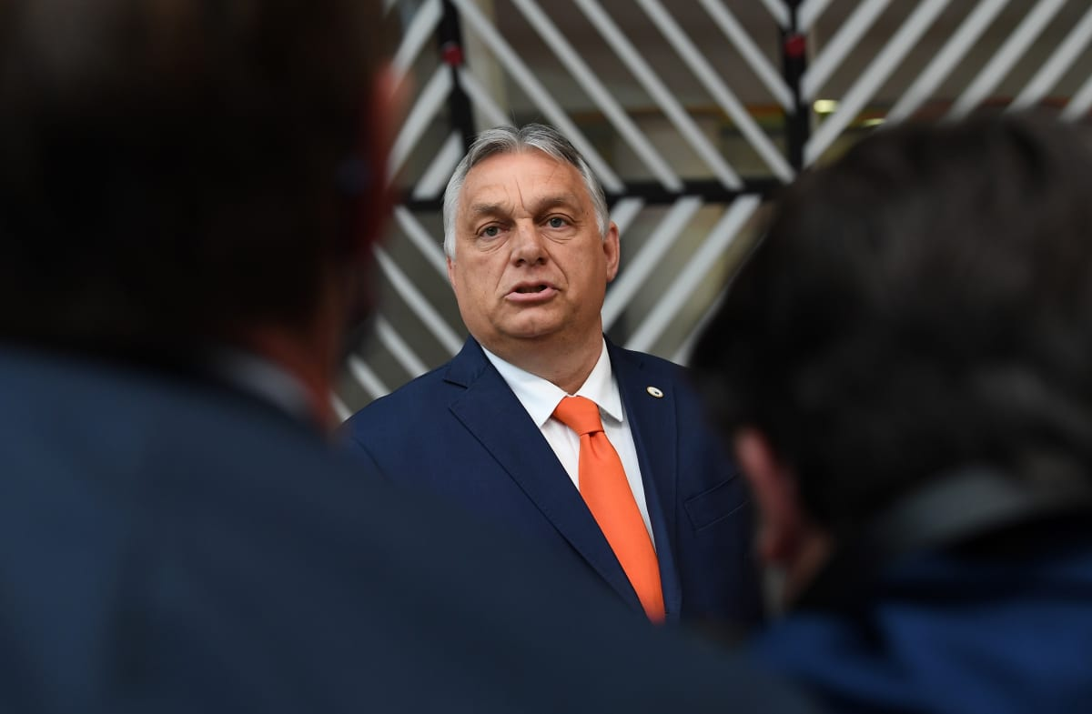 EU ja kansainväliset ihmisoikeusjärjestöt syyttävät pääministeri Viktor Orbánin hallitusta yhä itsevaltaisemmasta toiminnasta.