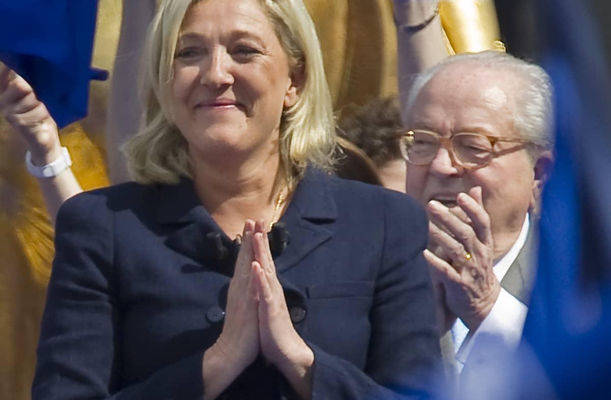 Marine ja Jean-Marie Le Pen kuvattuna toukokuussa 2012.