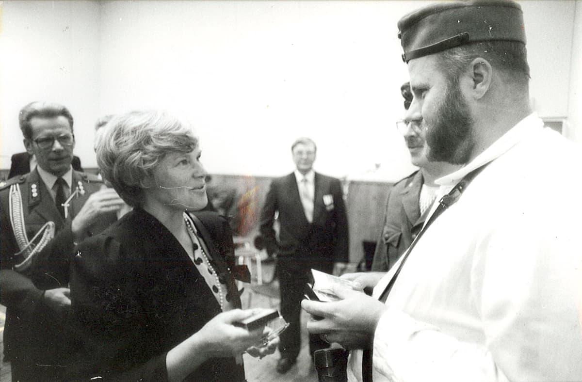 Korsuorkesteri ja Elisabeth Rehn