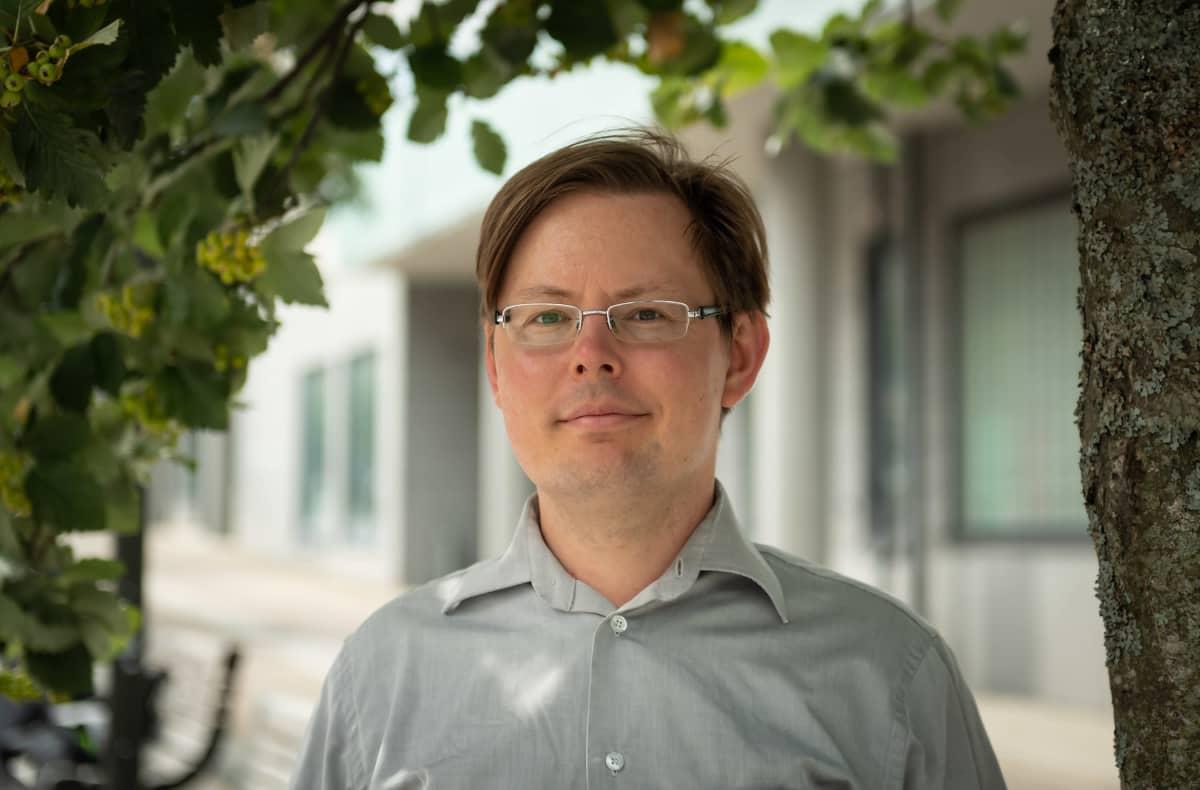 Finanssiala Ry:n lakimies Antti Laitila