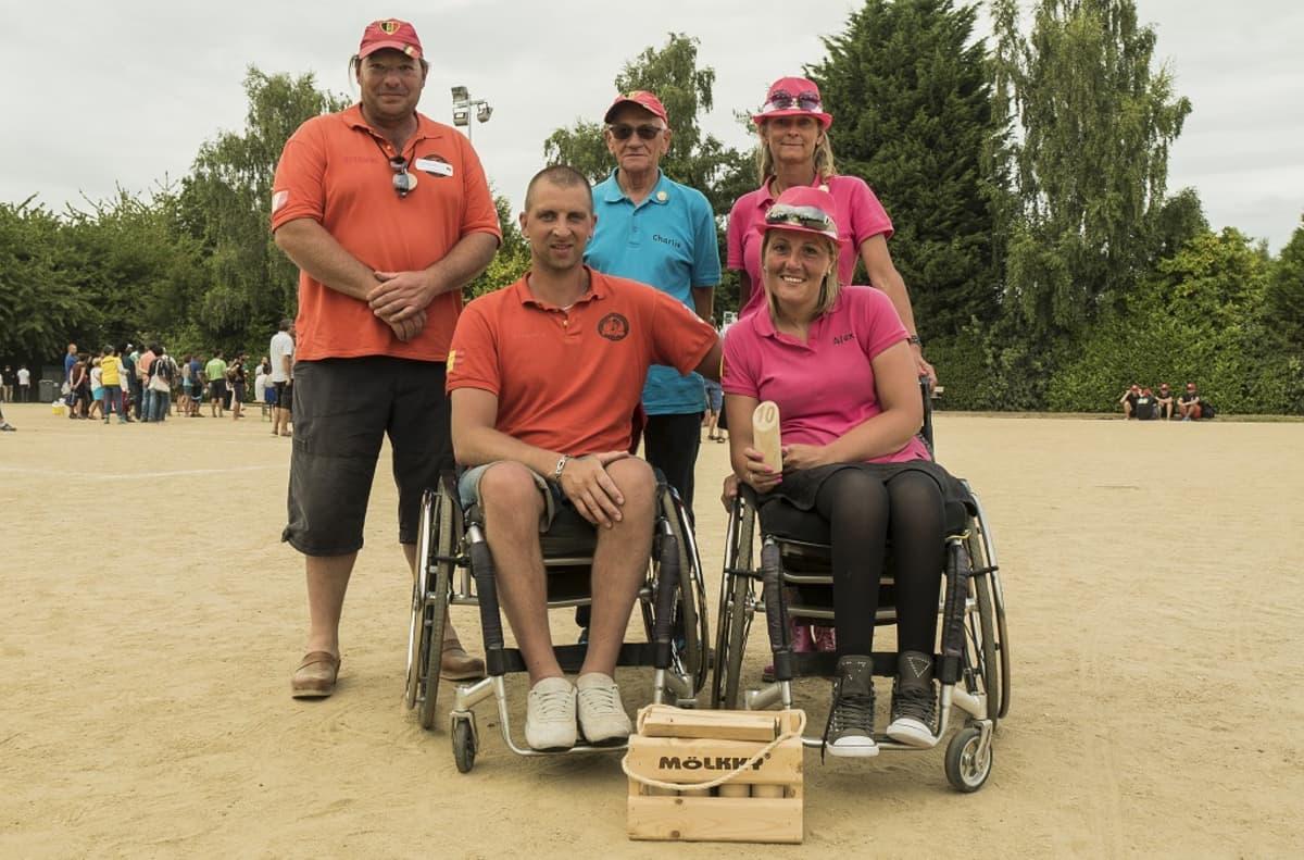 Belgiasta oli mukana myös pyörätuolissa istuvia pelaajia