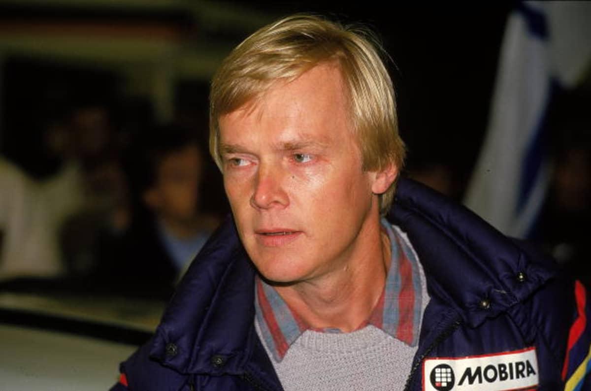 Ralliautoilija Ari Vatanen kuvattuna vuonna 1984 RAC-rallissa Britanniassa.