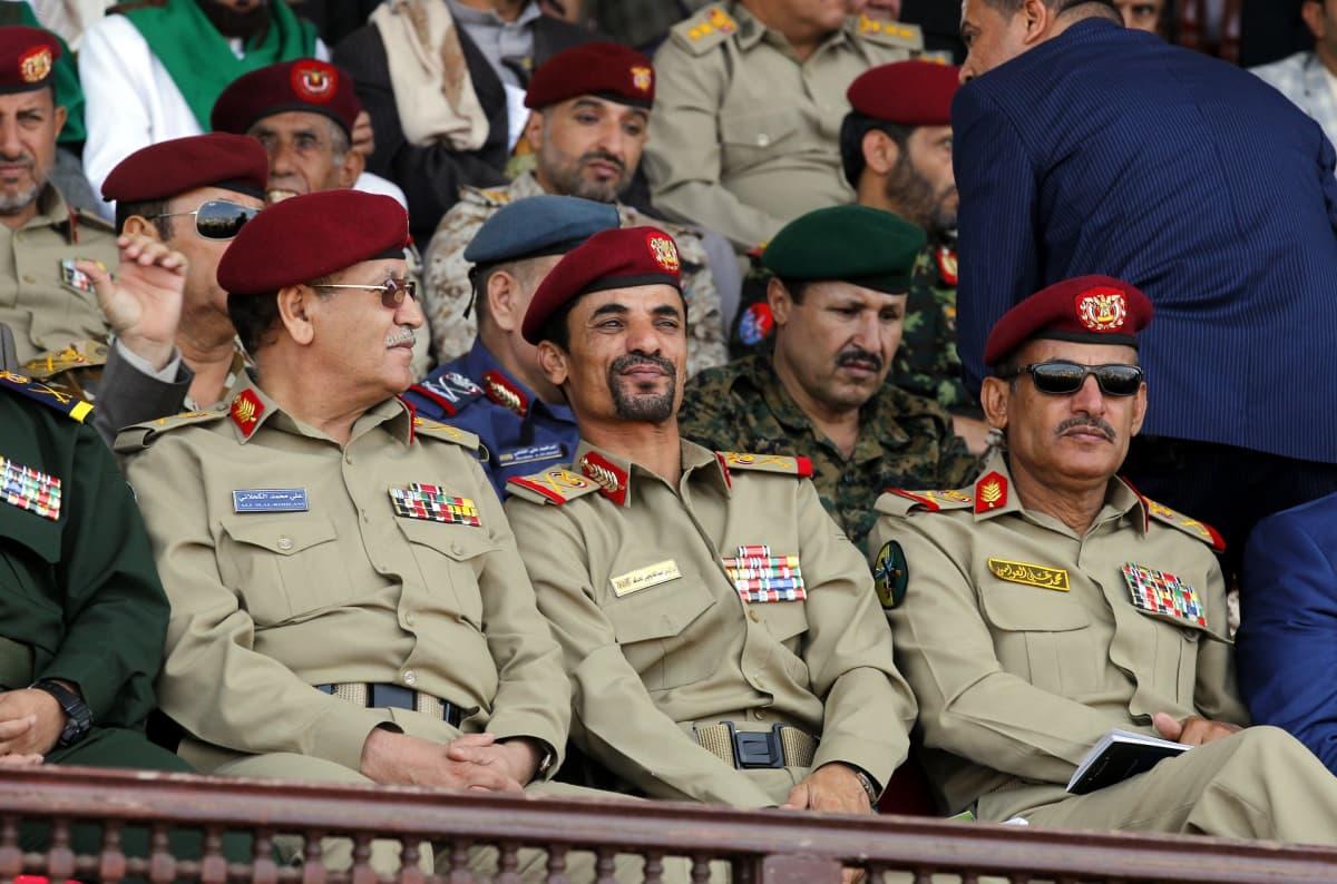 Houthi-kapinallisten johtoa osallistui Jemenin pääkaupungin Sanaan valtauksen kolmevuotisjuhlaan syyskuussa 2017.