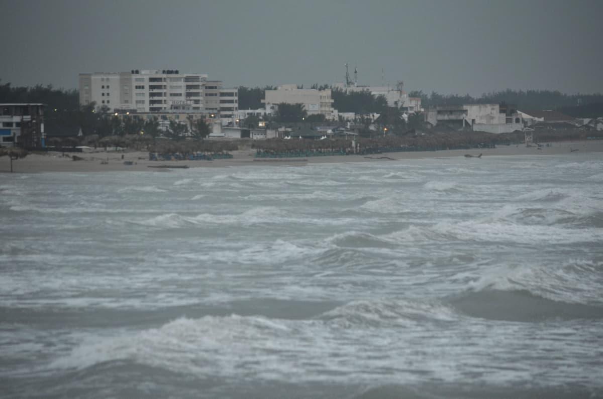 Lähestyvä hurrikaani Katia toi Meksikon rannikolle Tamaulipasiin sadetta ja tuulta jo 7. syyskuuta.