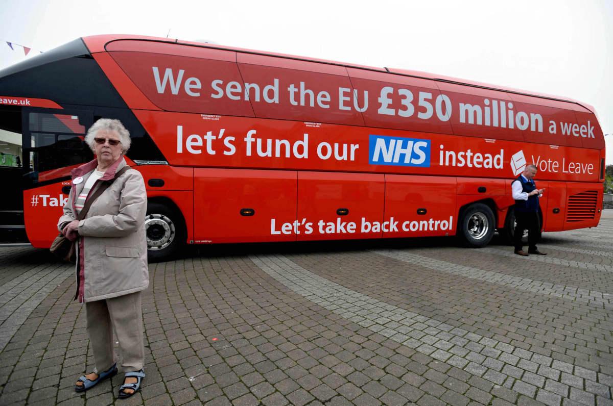 Britannian eroa EU:sta kannattanut kampanja lupasi käyttää jäsenmaksusta säästyvät 350 miljoonaa puntaa viikossa terveydenhuoltoon.