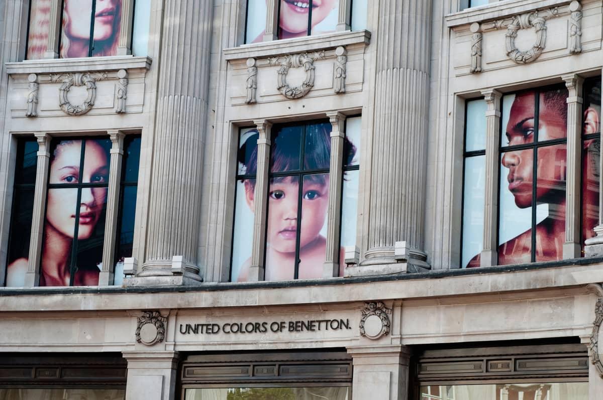 Benetton mainos Lontoossa.