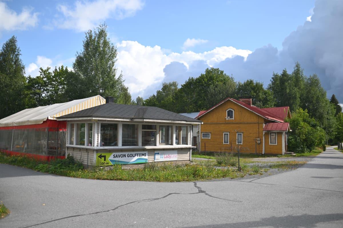 Meijeripuiston tontti Mikkelissä Tenholankadulla