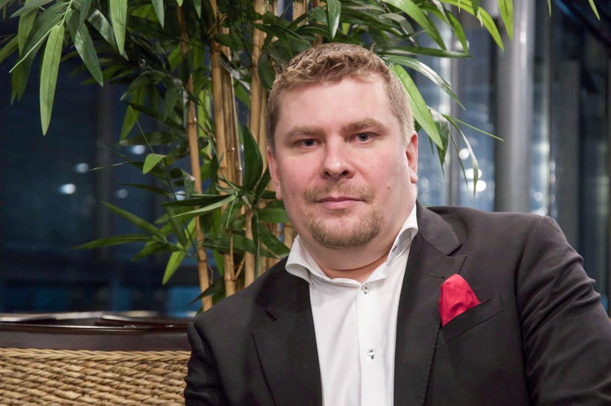 Night People Groupin toimitusjohtaja Antti Raunio