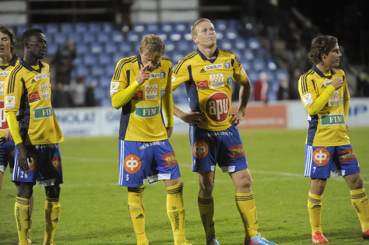 HJK:n pelaajia kuvassa