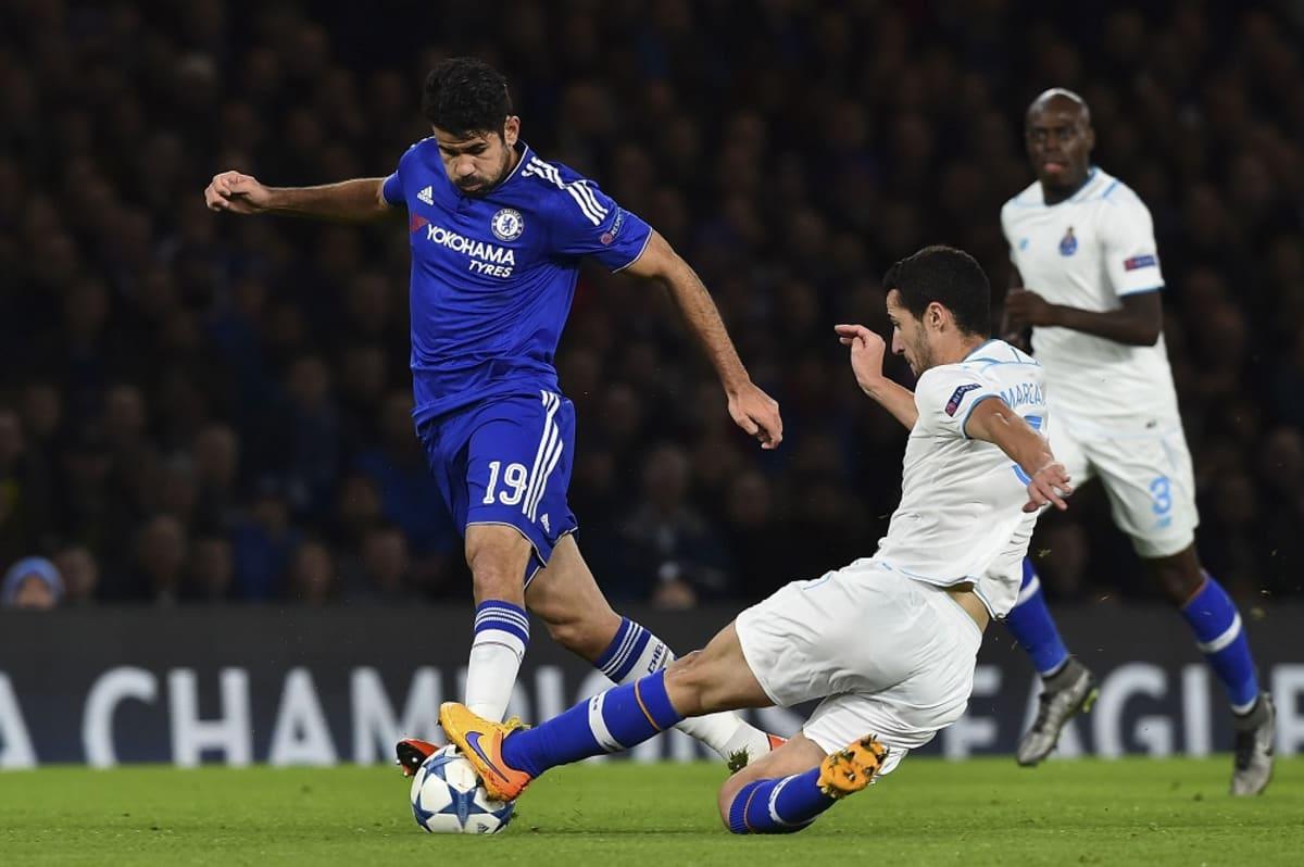 Chelsean Diego Costa Portoa vastaan.