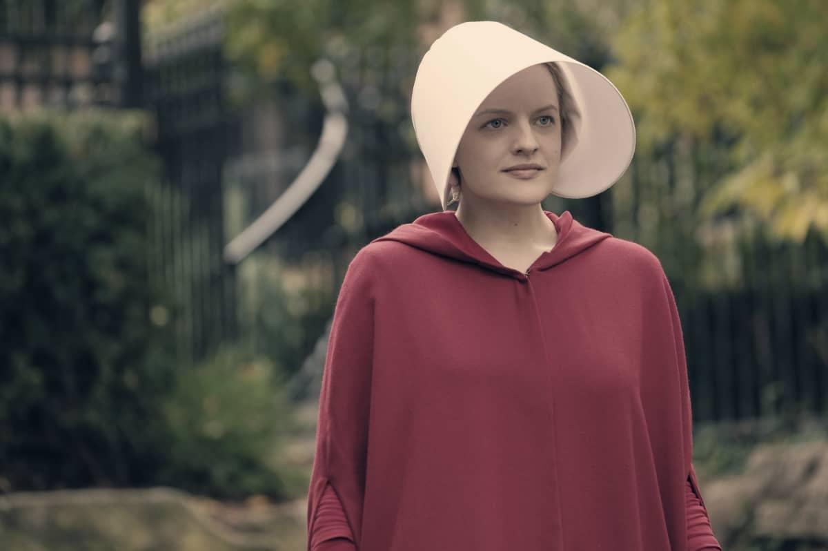 """Päähenkilöä """"frediläistä"""" esittää Elisabeth Moss."""